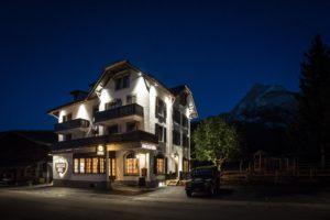 bar lounge fumoir gstaad bern-11201
